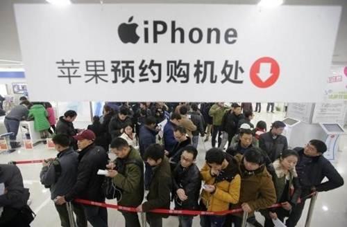 Người Trung Quốc mua nhiều iPhone hơn Mỹ
