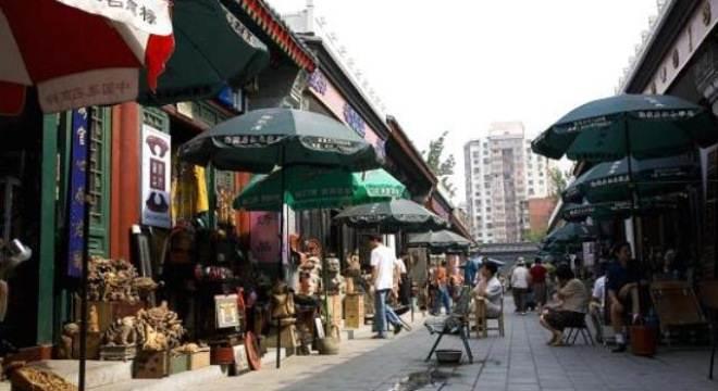 Dân Trung Quốc bỏ chợ đi mua sắm trực tuyến