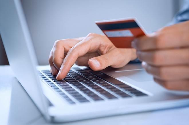 Việt Nam dẫn đầu ASEAN về mua bán trực tuyến